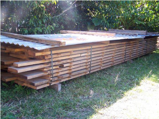 /edit/images_hr/timber stack.jpg